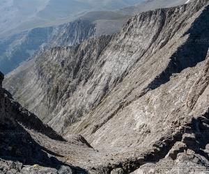 Kakoskala or Evil Stairway in Mytikas summit Mount Olympus | Isaac GP  www.isaacgp.com
