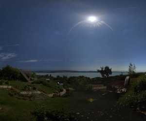 Panoramic photography after the thid contact.